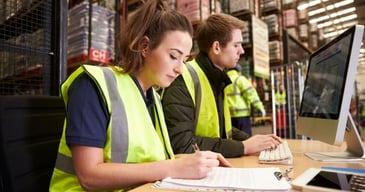 El contrato de trabajo eventual es una solución ágil para cubrir reemplazos por vacaciones.
