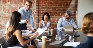 La reestructuración del negocio es una de las causas de despido para poner en marcha un plan de outplacement.