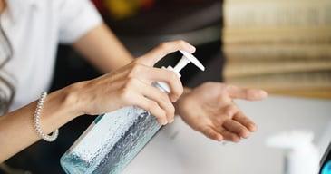 La higiene de manos es una de las medidas más importantes tanto en el espacio de trabajo como en el hogar.
