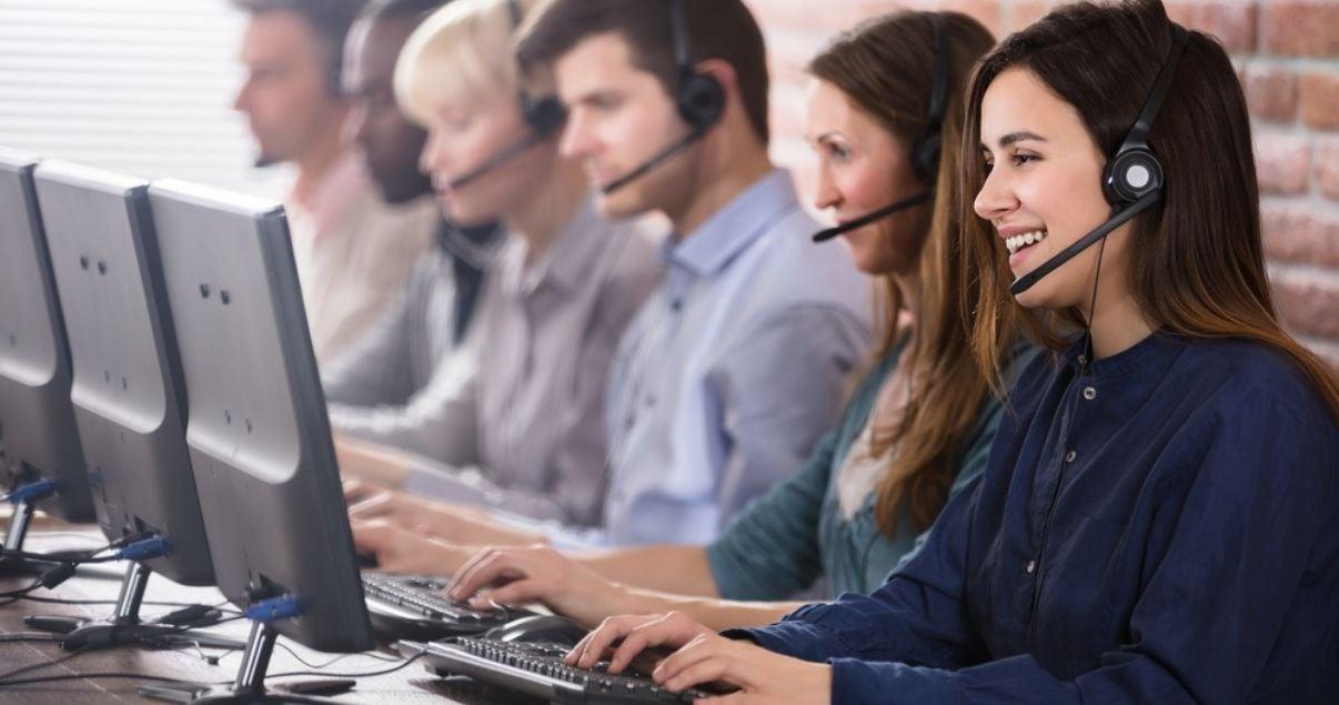 Los operadores de call center son demandados como personal eventual en ventas y marketing.