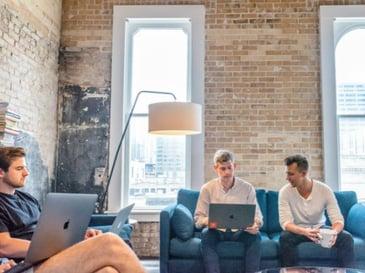 profesionales fintech start up empleo futuro trabajo tecnología negocios empresas personas